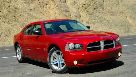 2006 Dodge Charger Photos, Informations, Articles