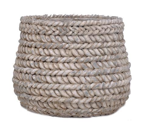 cache pot en rotin cache pot design ciment tress 233 corde poterie pots et d 233 corations en ciment boutique