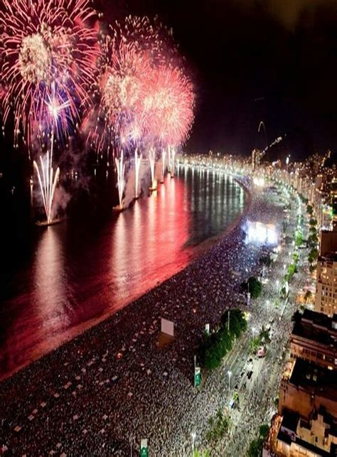 places  celebrate  years eve  wow style