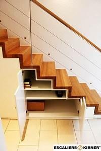 Contre Marche Deco : escaliers moderne sur mesure design marche contre marche avec rangement dessous et garde corps ~ Dallasstarsshop.com Idées de Décoration