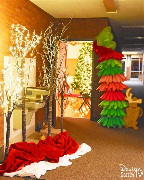 grinch inspired decorating how to do a church grinch on a budget design dazzle