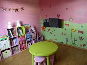 idee deco salle de jeux verte With idee deco salle de jeux
