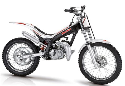 Kustom Motor Cycle Trail And Trial