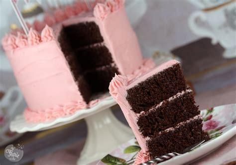 ganache framboise pour gateau pate a sucre g 226 teau au chocolat gla 231 age 224 la ganache chocolat blanc framboise f 233 erie cake