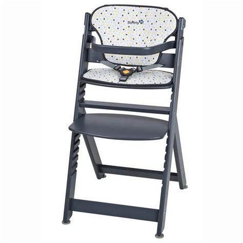 chaise haute qui s accroche à la table 17 meilleures idées à propos de chaise haute bébé bois sur
