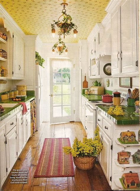 Shopping Candy Cottage Kitchens