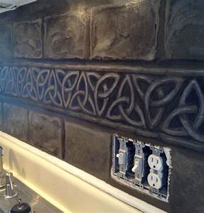 Best 25 celtic decor ideas on pinterest celtic knot for Best brand of paint for kitchen cabinets with celtic knot wall art