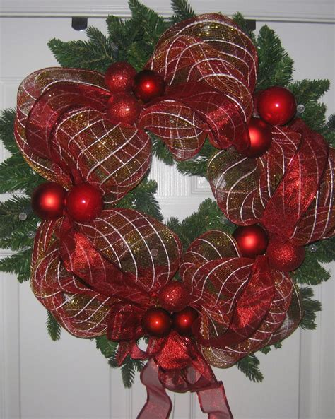 ribbon mesh wrapped wreath diy project easy  beginners