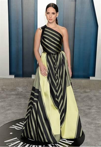 Adria Arjona Vanity Fair Oscar Angeles Carpet