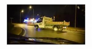 Video De Camion De Chantier : vid o l 39 art de drifter avec un camion de chantier ~ Medecine-chirurgie-esthetiques.com Avis de Voitures