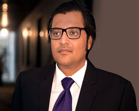 Arnab Goswami's car allegedly attacked in Mumbai; two held
