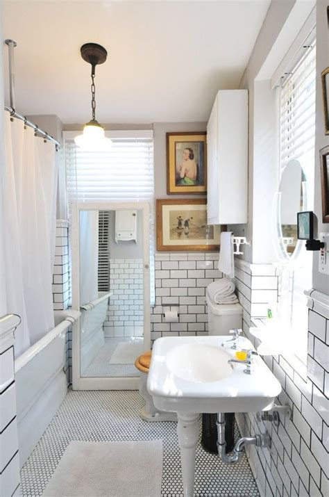 plain white bathroom wall tiles ideas  pictures