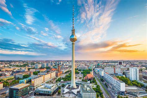 Der Berliner Fernsehturm Preise, Bilder & Öffnungszeiten