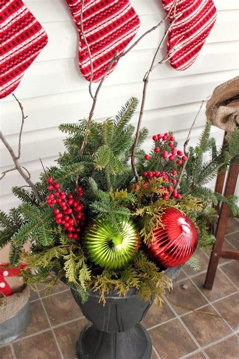 diy christmas urns   budget  creek  house