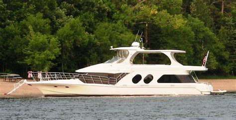 Bluewater Yachts Boats For Sale by 2000 Bluewater Yachts 5800 Power Boat For Sale Www