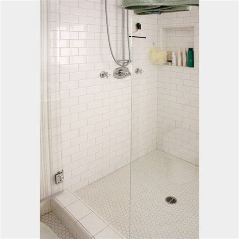 4x8 White Beveled Subway Tile by Manhattan White Subway Tile 4x8 Tile