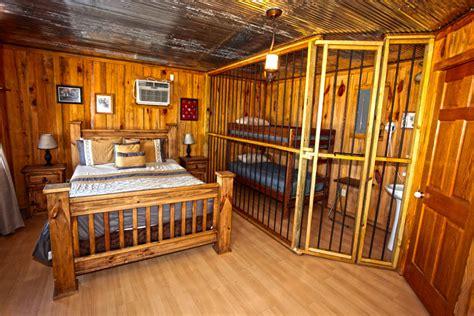 Unique Old West Cabin Experience in Murfreesboro, AR