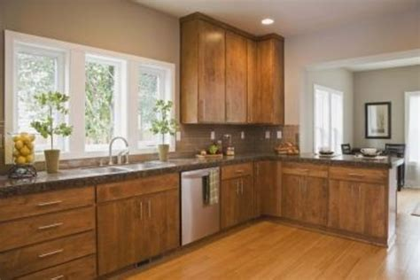 how do i refinish kitchen cabinets how to refinish a bathtub do it yourself home improvement