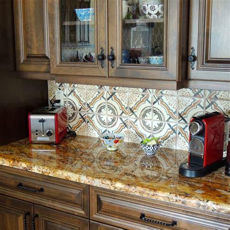 terracotta backsplash kitchen 316 best terracotta kitchen tiles images on 2694