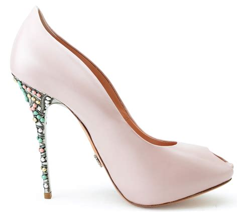 bureau arrondi chaussure talon