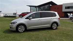 Volkswagen Touran Confortline : volkswagen touran comfortline 2017 2018 reflex silver metallic 7 seats youtube ~ Dallasstarsshop.com Idées de Décoration