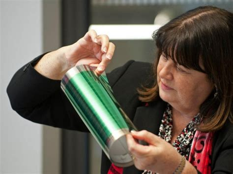 Крупнейшая сэс на органических фотопанелях heliatek обеспечит энергией школу во франции экотехника