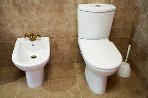products to unclog the toilet ehow