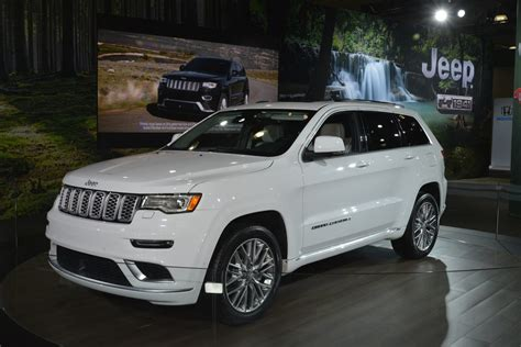 jeep grand cherokee summit brings hand crafted