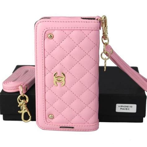 chanel iphone 5s 33 best ideas about coque housse chanel iphone 5s on