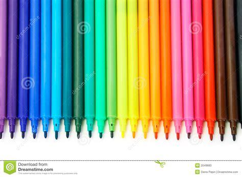 agrafeuse bureau crayons lecteurs feutres multicolores photos stock image