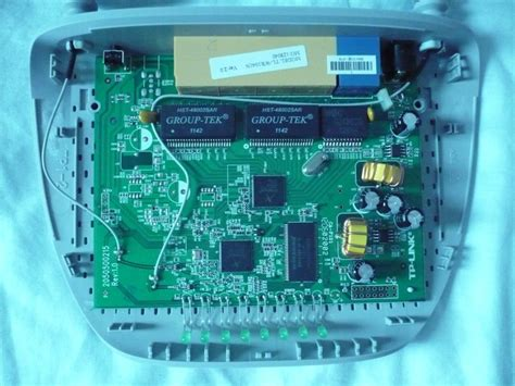 Open wrt is a light distribution aim to be install on modem and wifi routers. OpenWrt Project: TP-Link TL-WR1041ND
