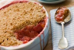 Rezept Rhabarber Crumble : rezept erdbeer rhabarber crumble ~ Lizthompson.info Haus und Dekorationen