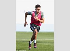 Manchester United train on second day of Dubai camp