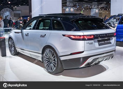 Modifikasi Land Rover Range Rover Velar by Land Rover Gama Rover Velar Foto Editorial De Stock