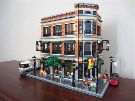 Barnes & Noble / Starbucks By Wooootles, Via Flickr #lego