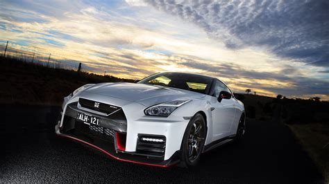 nissan gt  nismo wallpapers hd images wsupercars