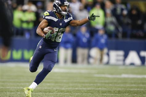 seahawks  maximize  healthy tyler lockett