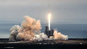SpaceX Blasts Off From Historic Launch Pad