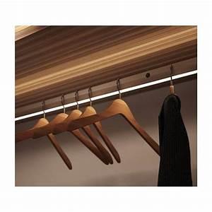 Tringle Penderie Escamotable : barre de penderie lumineuse accessoires de dressing ~ Melissatoandfro.com Idées de Décoration