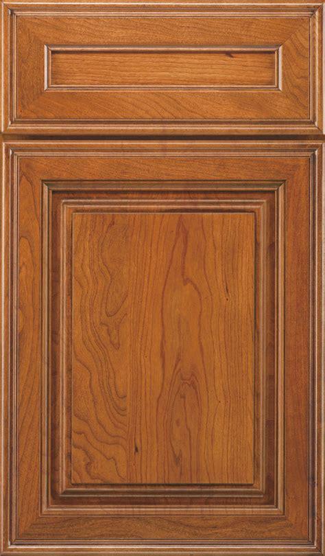 raised panel kitchen cabinet doors galleria cabinet door style decora cabinetry 7627