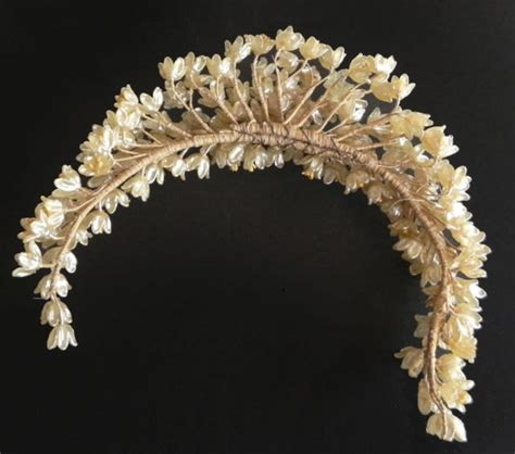 1000 Images About Bridal Wax Flower Crowns On Pinterest
