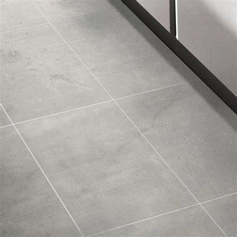 carrelage sol et mur gris 30 x 60 cm cementina castorama sdb