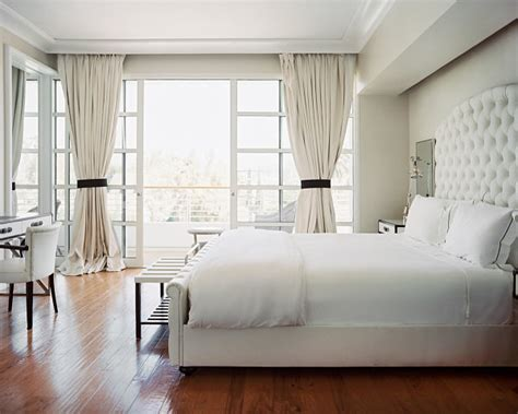 bedroom interior color relaxing bedroom colors for your interior 10502   Refreshing white bedroom