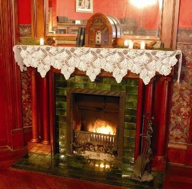 mantle scarf images  pinterest christmas
