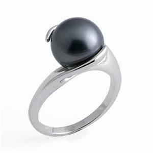 black pearl rings With black pearl wedding ring