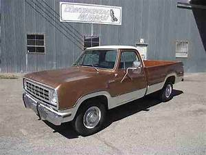 Sell Used 1976 Dodge D200 Adventurer Sweptline Pickup