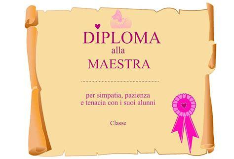 un diploma per le maestre mamma e bambini