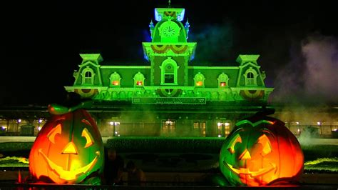Wallpaper Not Scary by 2014 Mickey S Not So Scary Overview