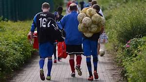 ältester Deutscher Fußballverein : mini job geringf gige besch ftigung dfb deutscher fu ball bund e v ~ Frokenaadalensverden.com Haus und Dekorationen