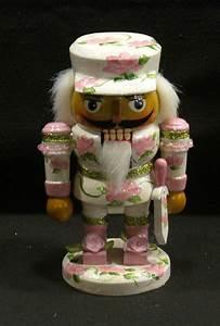 1000+ images about Nutcrackers on Pinterest Folk art
